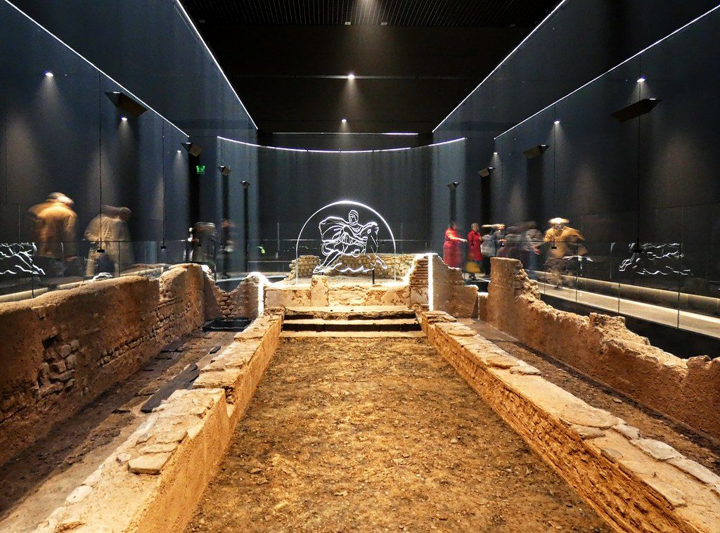The London Mithraeum (copyright Flickr user Dun.can) robslondon.com