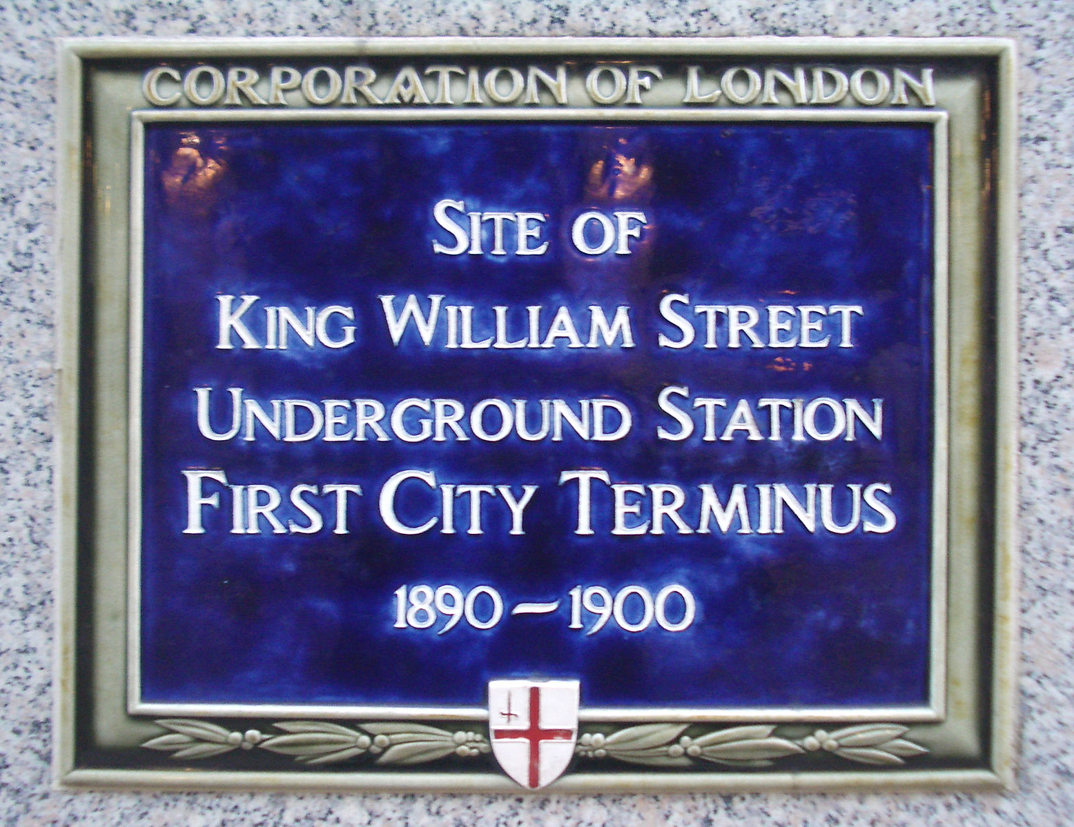 Plaque commemorating the site of King William Street station (image: Wikipedia)