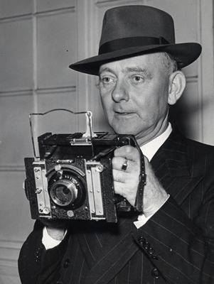 Herbert Mason, the man who photographed St Paul's Cathedral on the night of 29 December 1940